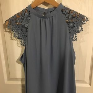 Express gray lace cap sleeved blouse